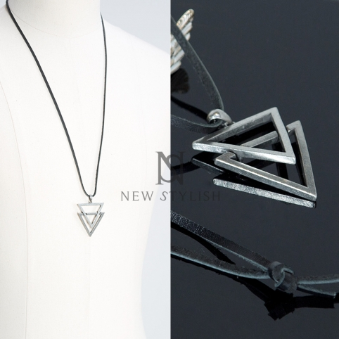 Abstract Vintage Triangle Figure Necklace(Version 2) - 55