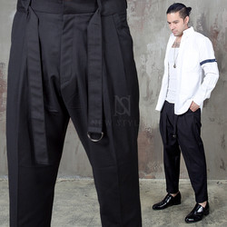 Belted black pleated baggy pants