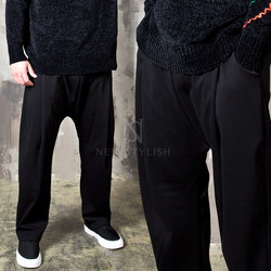 Pleated wide banded baggy pants